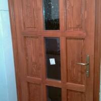 9 kazettás üveges fa bejárati ajtó