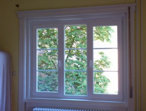 fehér álosztós műanyag ablak