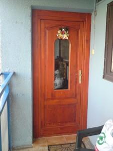 panellakás ajtócsere