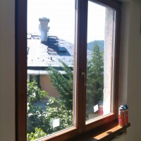 Váltószárnyas ablak