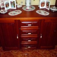 Fa nappali fiókos szekrény