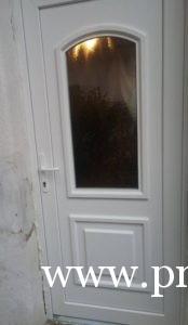 Családi ház ajtócsere