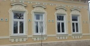 Műemlék jellegű ablak