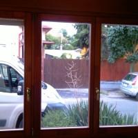 Réz kilincses borovi fenyő fa ablak