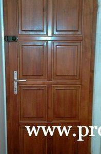 Panel ajtó
