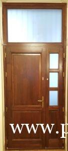 Oldalvilágítós bejárati ajtók